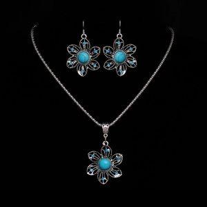 Jewelry - NEW Bohemian Turquoise Flower Fashion Jewelry Set